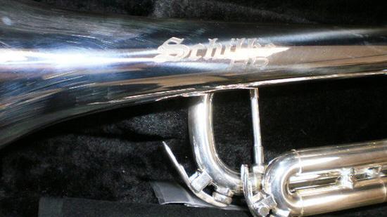 シルキー S32HD